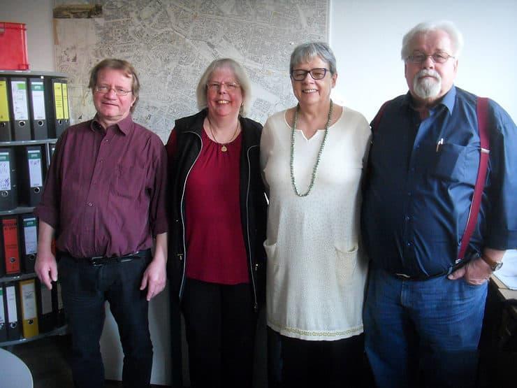 Das Bild zeigt vier Personen. Von links: Uwe Hübsch, Marie-Luise Körner, Christine Riek und Frank Körner