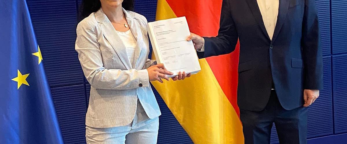 Cansel Kiziltepe und Jens Zimmermann MdB präsentieren den Abschlussbericht zum Wirecrd-Untersuchungsausschuss